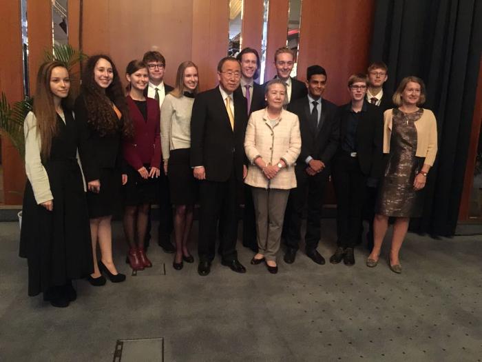 Ahlam Oulad Ali, petroquímica, plásticos, Universitat Rovira i Virgili, Tarragona, Tom Crotty, Ban Ki-moon, Young EPCA Think Tank, EPCA, PlasticsEurope, Debate para Jóvenes Europeos, tarraconense,