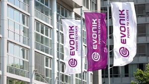 Evonik, 3M, adquiesición, negocio de compounding de aditivos de alta concentración, aditivos para plásticos, inyección de plásticos, packaging, Interface & Performance Evonik