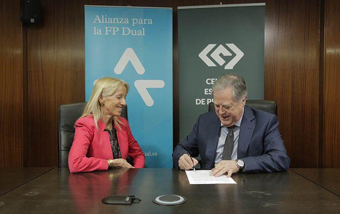 FP Dual, Anel Lozano, centro español de plásticos, fundacion berstelmann, alianza, formación profesional