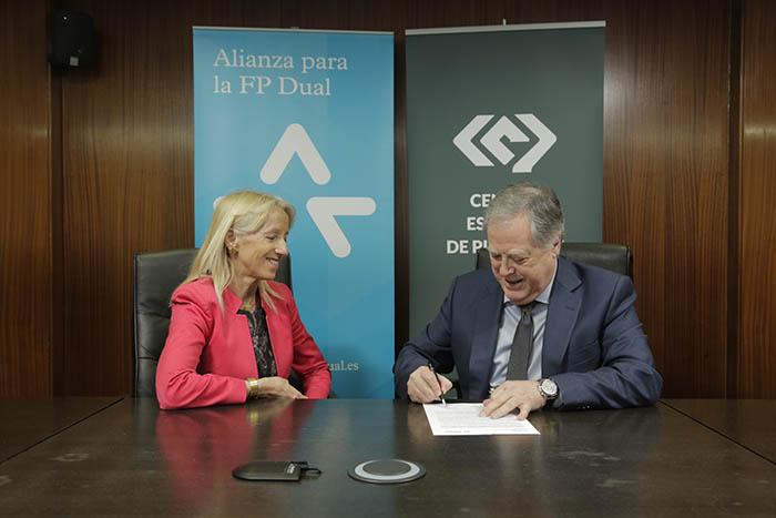 El Centro Español de Plásticos se suma a la Alianza para la FP Dual