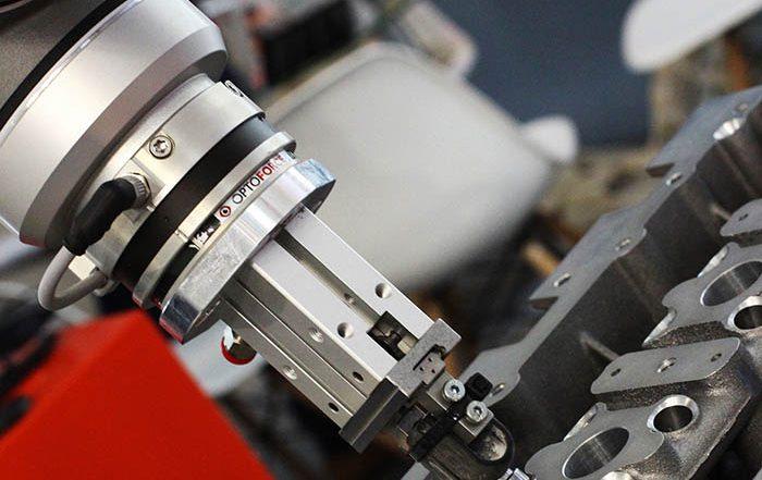 OptoForce, fabricante de sensores de fuerza y par multi-ejes hápticos- para dotar a los robots industriales del sentido del tacto - ha rediseñado completamente su software central