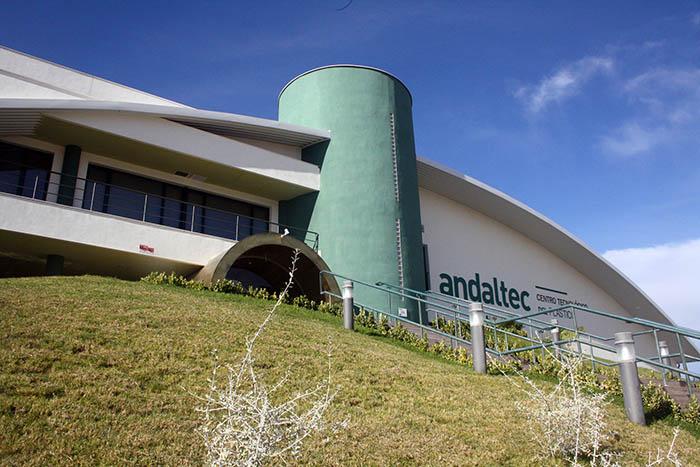 Andaltec, centro tecnológico del plástico, andaluz, medidas sostenibilidad, reducir consumo de energía, parking para bicicletas, proyecto CVP4ALL, plásticos, medio ambiente, emisiones co2