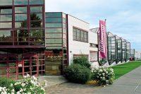 grupo wittmann, sede de Viena, maquinaria de inyección para plásticos, periféricos para la industria del plástico, robots, ampliación de instalaciones, kotinbrum, wittmann battenfeld, crecimiento, ventas, 2017