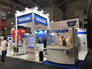 yaskawa, robots, packaging, hispack 2018, airGrip, botellas, robots, robobar, novedades, robótica, feria hispack, plásticos, botellas