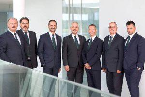 Engel estructura de ventas mundial, siete regiones de ventas, engel regional sales president, maquinaria de inyección, ventas globales