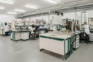 plástico, andaltec, laboratorios, proyectos, 10.000 servicios prestados, servicios tecnológicos, test de producto, centro tecnológico del plástico, martos, jaén, andalucía