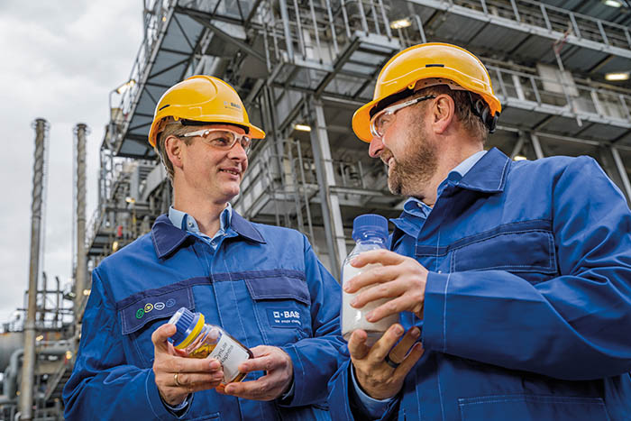 basf, reciclado químico, plásticos reciclados, compuesto, verbund, sostenibilidad, economía circular, BASF, aceite de pirólisis, chemcycling
