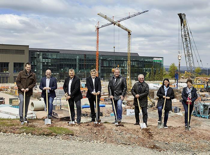 Arburg inicia una nueva ampliación de sus instalaciones de Lossburg