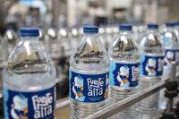 pet reciclado, agua embotellada, botellas, rPET, fuentealta, agua mineral, agua envasada, 25% de pet reciclado, plástico