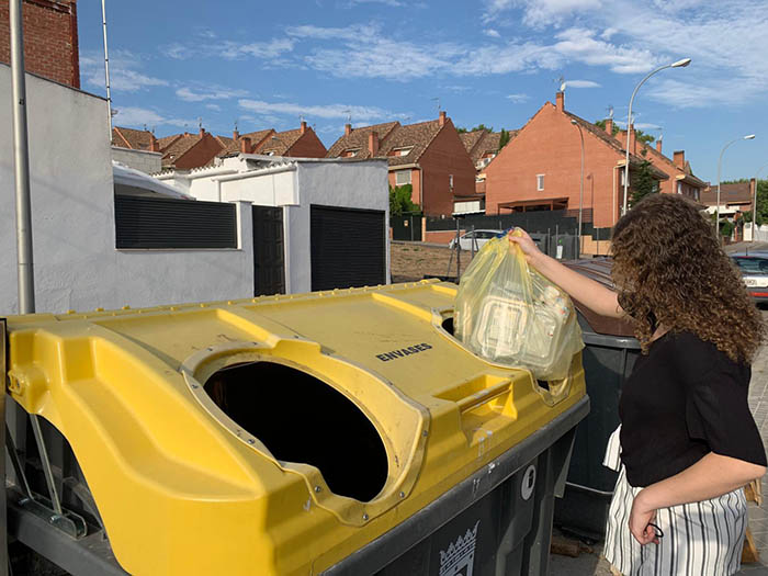 contenedor amarillo, españa, datos de reciclado de envases plásticos, reciclado de envases plásticos postconsumo, residuos plásticos domésticos, cicloplast, datos 2018, españoles, españa, ecoembes, economía circular, reciclado plástico, plástico reciclado