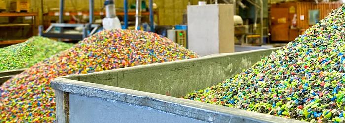 Los recicladores europeos publican una guía sobre caracterización de plásticos reciclados