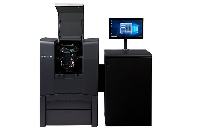 Stratasys lanza su nueva impresora 3D de gama media, J826