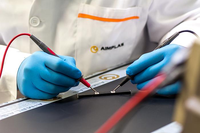 Bioplástico para baterías más eficientes